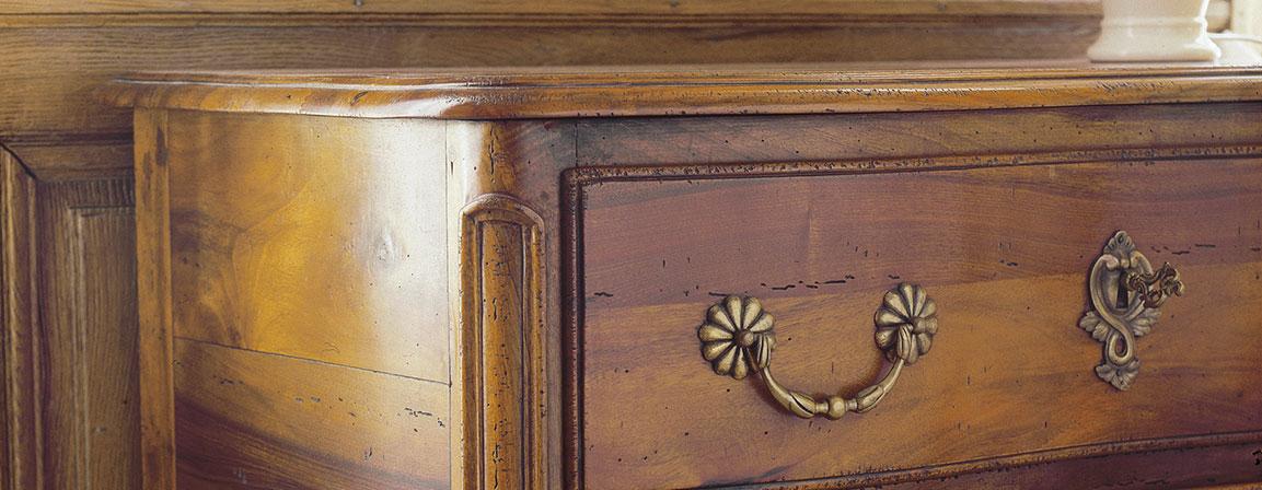 mobili in legno ebanisteria